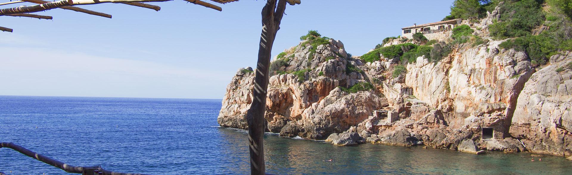 Die Bucht von Deià