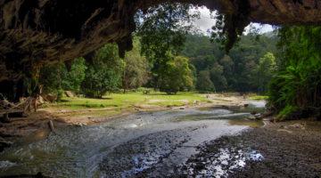 Tham Lot, die Höhle der Ahnen
