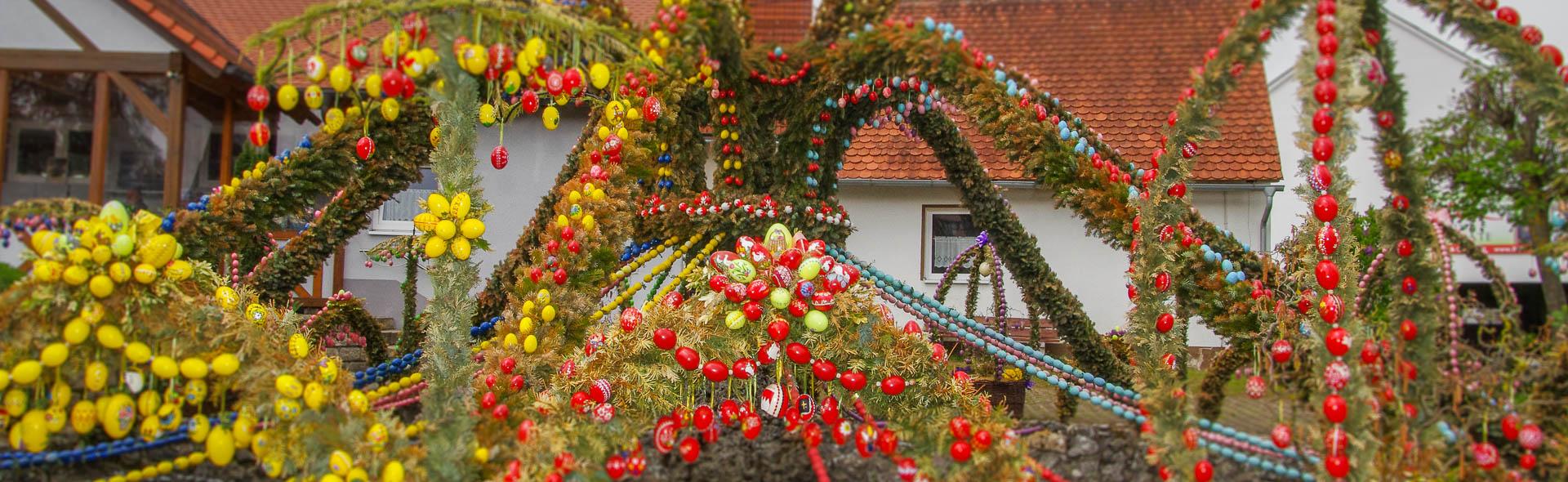 Osterbrunnen in der fränkischen Schweiz